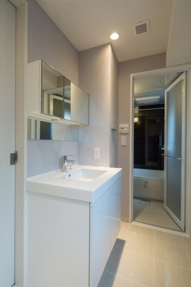 12.賃貸住戸洗面浴室